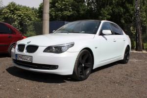 BMW 5 white pearl