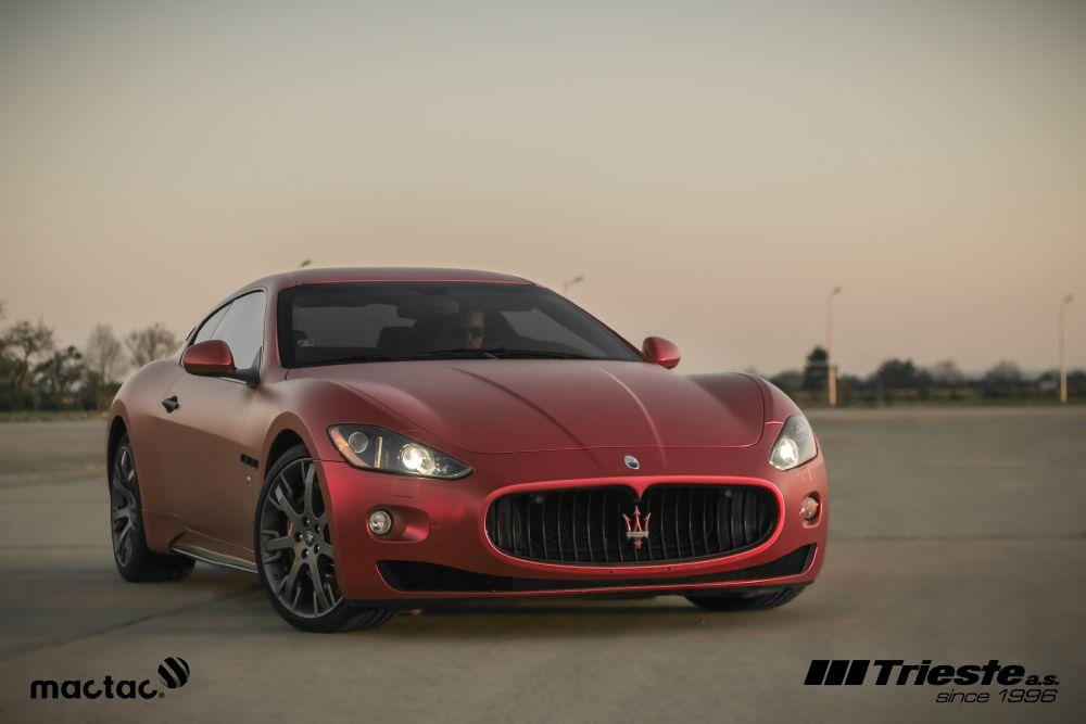 resized_Maserati_matte_red_chrom_2