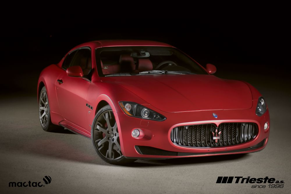 resized_Maserati_matte_red_chrom_7
