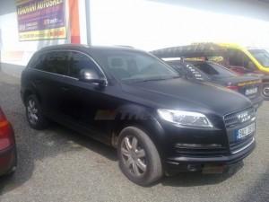 Audi Q7 black matt