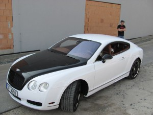 Bentley white gloss